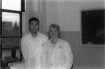 Catherine Bousquet et l'un de ses professeur en 1993
