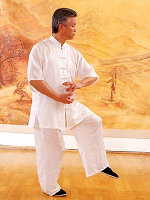Maître Zhang Kunlin en train de faire une petite boule