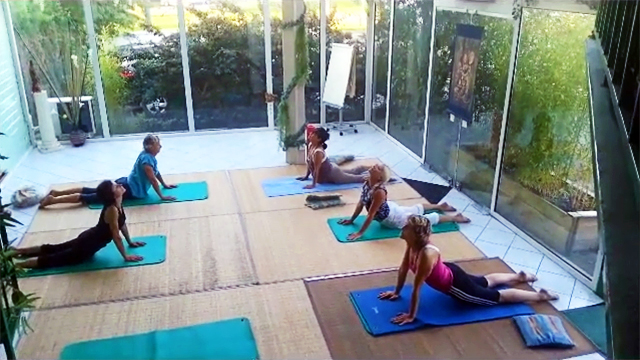 Cours de Yoga Sivananda avec Catherine Bousquet à Terre d'Asie
