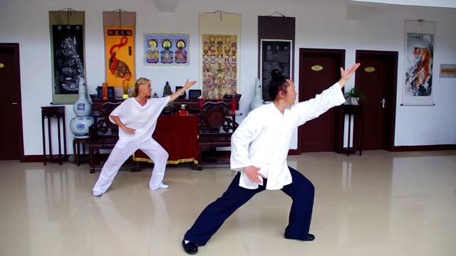 Jiben Gong avec Maître Yuan Li Min au Wudang, août 2015