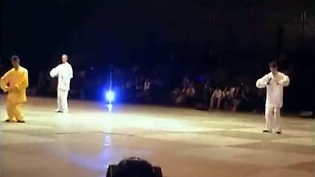 Démonstration de Youshen Bagua Zhang par Maître Zhang Kunlin lors de la 2ème Nuit des Arts Martiaux